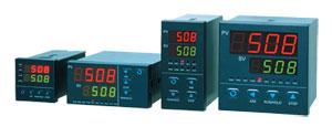 Régulateurs de température/procédé avec logique floue 1/16, 1/8, et 1/4 DIN | Série CN4000