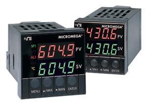 Univerzální regulátory rozměru 1/16 DIN série MICROMEGA™ | CN77000 Série