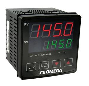 1/4 DIN Temperature Controllers   CN730 Series
