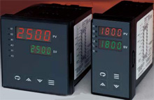 Universal Input Temperature Controller | CN8240 and CN8260 Series