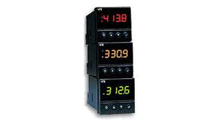Univerzální procesní a teplotní indikátory s 3-barevným displejem rozměru 1/16 DIN | DPi16 Série