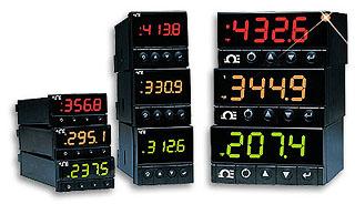 Univerzální procesní a teplotní indikátory s 3-barevným displejem rozměru 1/8 DIN | DPi8, DPi16, DPi32 Série